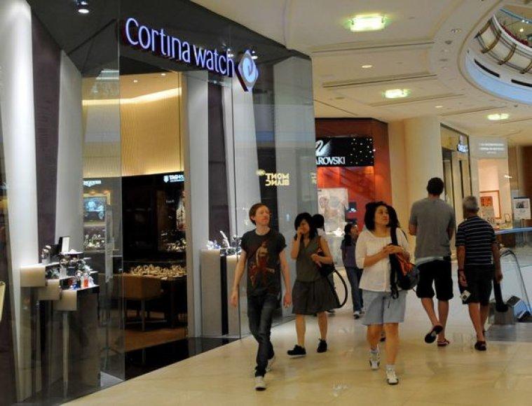 Iš šios parduotuvės buvo pavogta laikrodžių už daugiau nei 5 mln. dolerių.