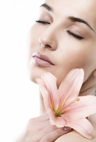 Kai žarnynas nešvarus, jis nesugeba pašalinti toksinų, tad šalinimo funkciją atlieka ne tik inkstai, kepenys, bet ir oda. Žarnyno valymo procedūra ir nauji mitybios pokyčiai leis džiaugtis žymiai pagerėjusia odos būkle.