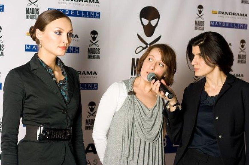 Virudyje visažistė Laura Kreivytė ir festivalio prodiuserė Renata Mikailionytė.