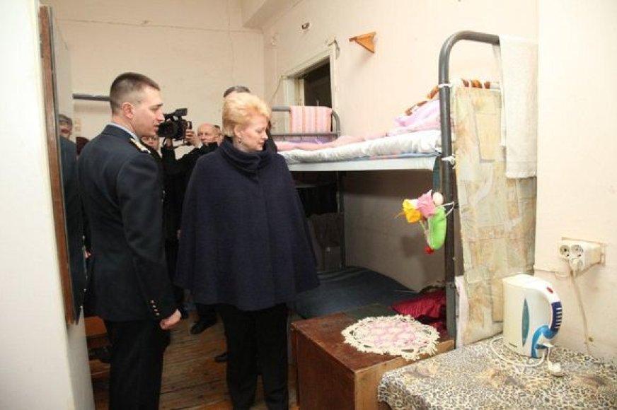 Dalia Grybauskaitė aplankė Panevėžio pataisos namuose