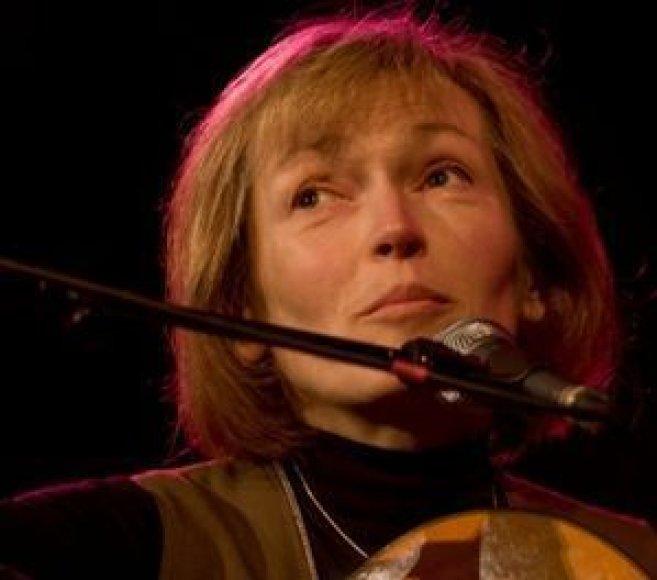 I.Papečkytė koncerte pasirodys kartu su aktoriumi D.Svobonu bei vokaliniu kvintetu.