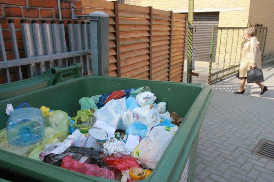 Klaipėdos rajono politikų patvirtinti atliekų surinkimo įkainiai kur kas mažesni nei uostamiestyje.