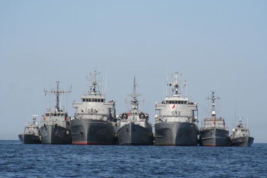 """Lietuvos ir Latvijos KJP laivai """"Baltic fortress'08"""" pratybų metu"""
