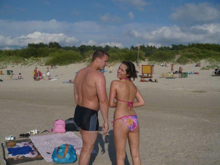 Bikini porelė Arvydas ir Simona