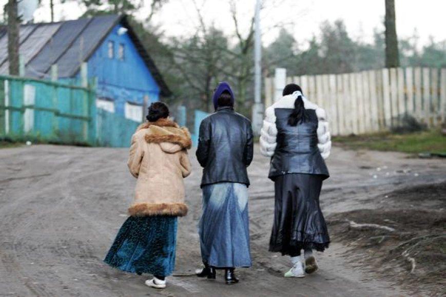 Į taborą keliaujama ištisomis šeimomis.