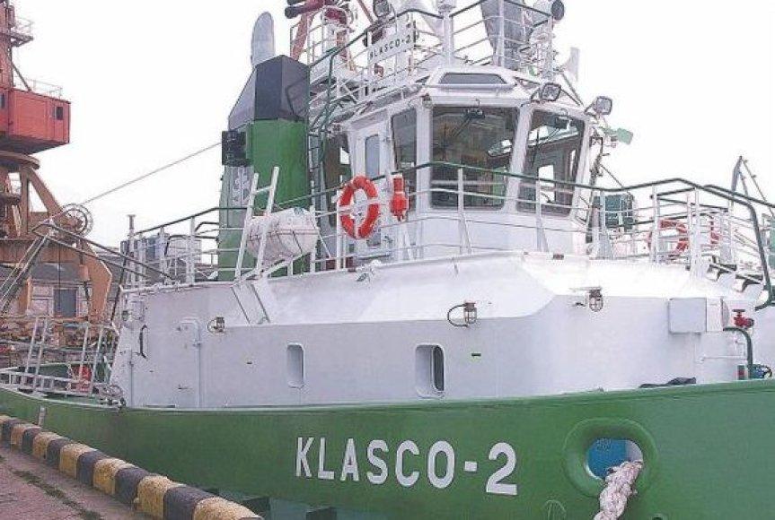 """Papildytas antruoju dvyniu, KLASCO pagalbinis laivynas nuo šiol užtikrins saugų """"Panamax"""" laivų švartavimą uoste net esant audringam orui."""
