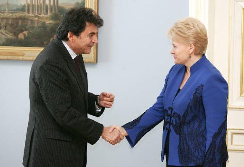 Prezidentė D.Grybauskaitė priėmė Prancūzijos valstybės sekretorių Europos Sąjungos reikalams P.Lellouche.