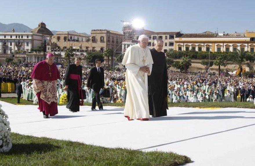 Popiežius Benediktas XVI pagrindiniame Sicilijos mieste Palerme