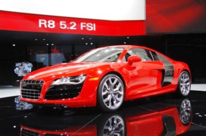 """Audi R8 V10 5.2 FSI"""