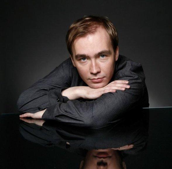 Pianistas virtuozas Denisas Prošajevas