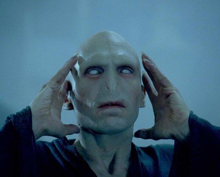 """Filmas """"Haris Poteris ir Mirties relikvijos"""" (pirmoji dalis)"""
