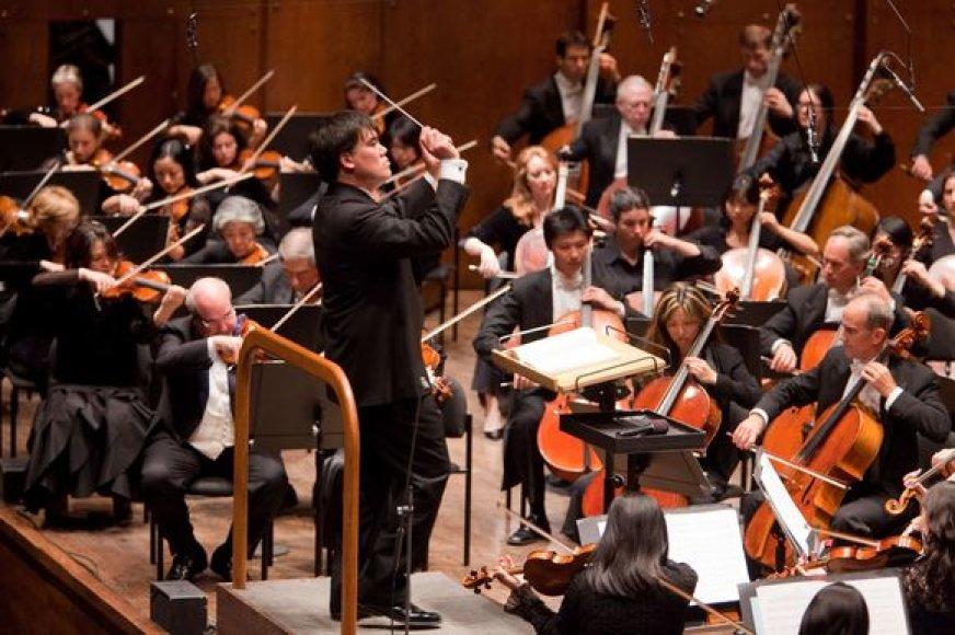 Chris Lee diriguoja Niujorko filharmonijos orkestrui
