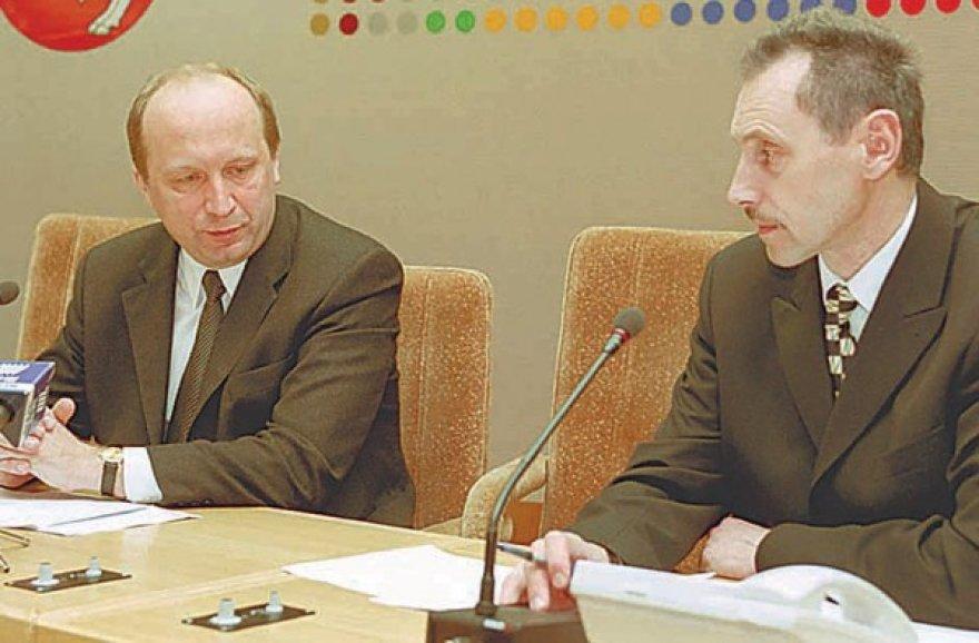 Kandidatas į energetikos ministrus Arvydas Sekmokas (dešinėje) su A.Kubiliumi yra seni pažįstami, mat drauge įkūrė Žinių ekonomikos forumą.
