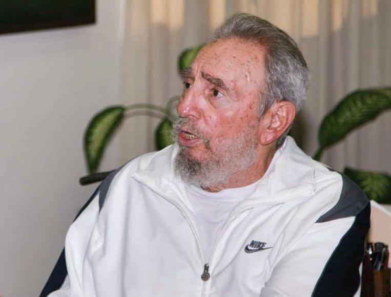 Buvęs Kubos lyderis Fidelis Castro vėl pasirodė viešumoje.