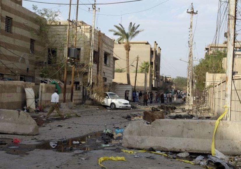 Irako pareigūnai sėkmingai šturmavo bažnyčią, kurioje įkaitus buvo paėmę teroristai.