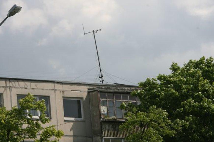 Gyventojai, nesinaudojantys komunalinėmis TV antenomis, neturi už jas mokėti mėnesinio mokesčio.