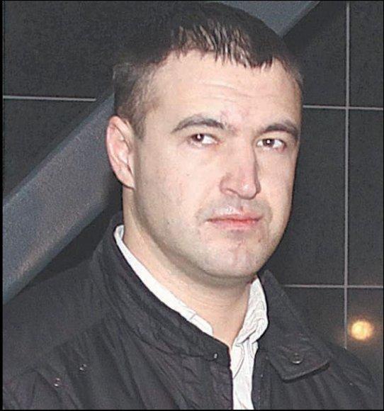 A.Iskandirovas tikina, kad kokaino jam kažkas įbėrė bare.