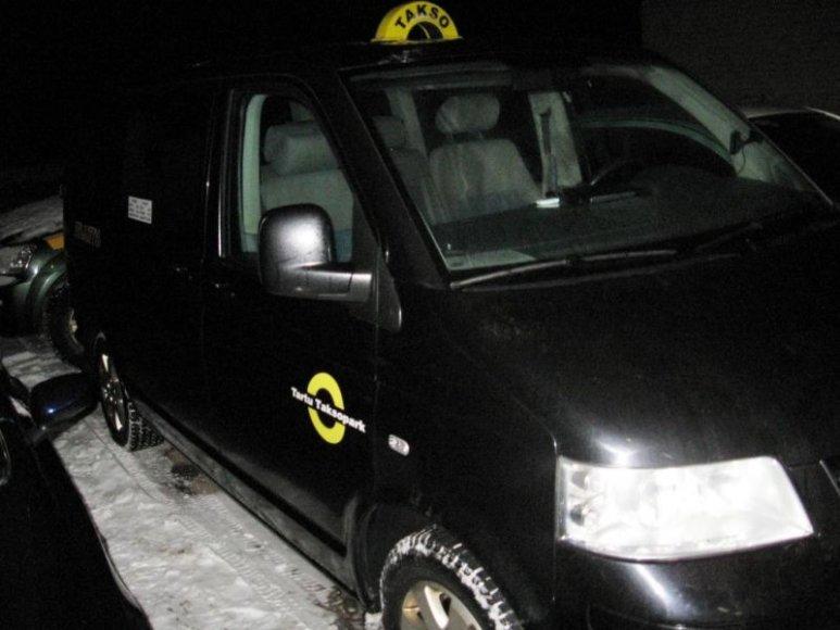 Tai estų taksi, kuriuo buvo gabenami penki nelegalai.