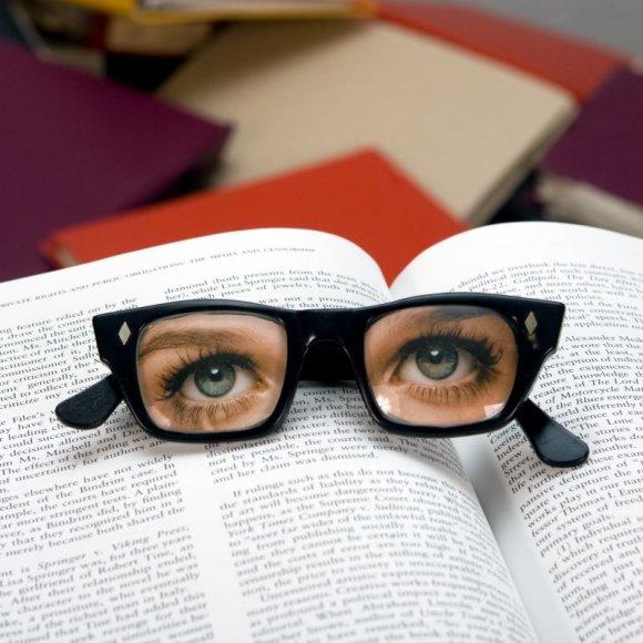 Universitete niekas nesakys, iš kur gauti 500 puslapių knygą, kurią turi perskaityti jau rytojaus seminarui.
