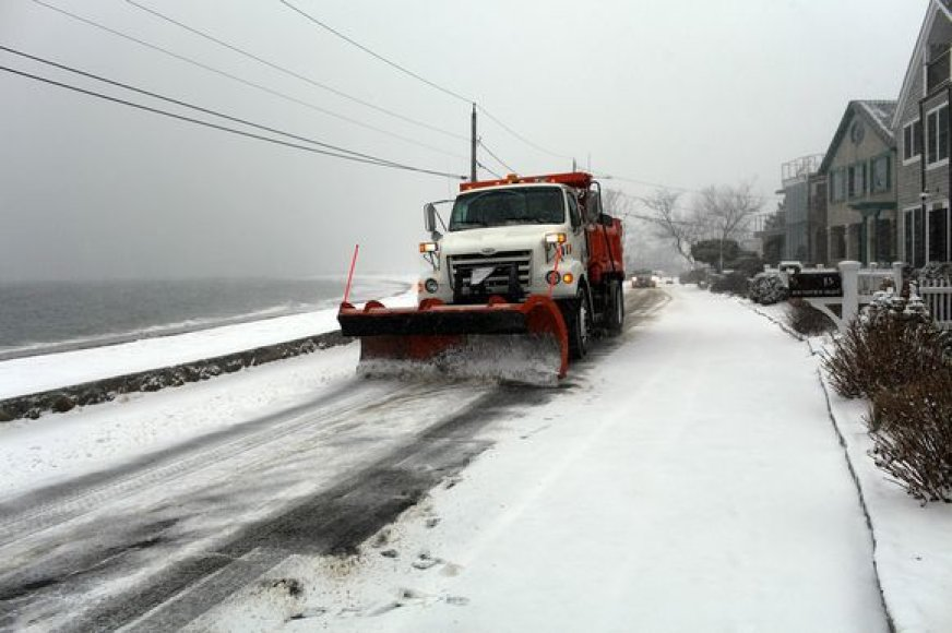 Sniegas JAV sukėlė nepatogumų.