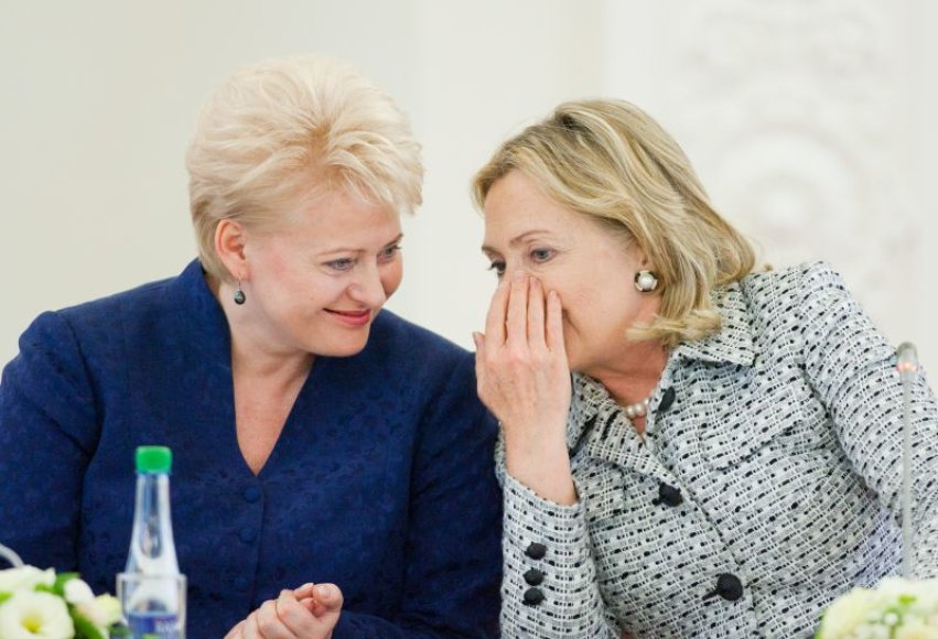 H.Clinton – Prezidentūroje.
