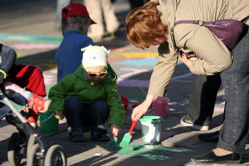 Vaikų piešinių akcija