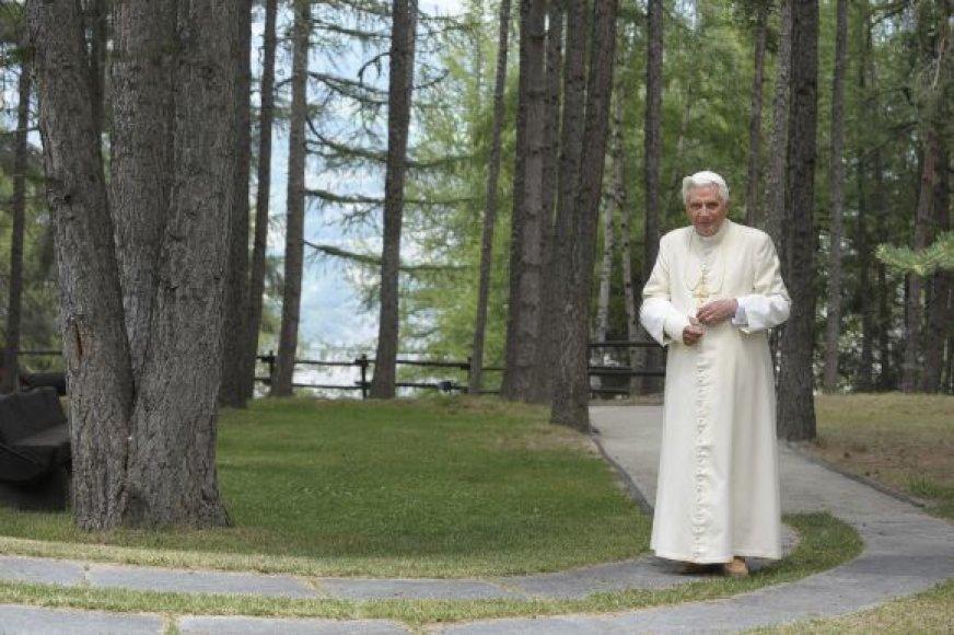 Popiežius Benedictas XVI Italijos Alpėse