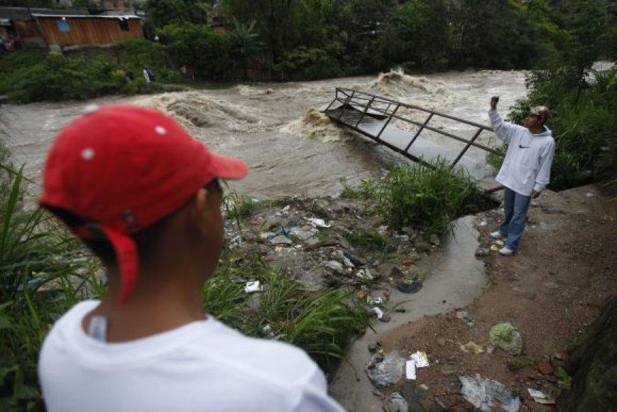 Audros padariniai Hondūre