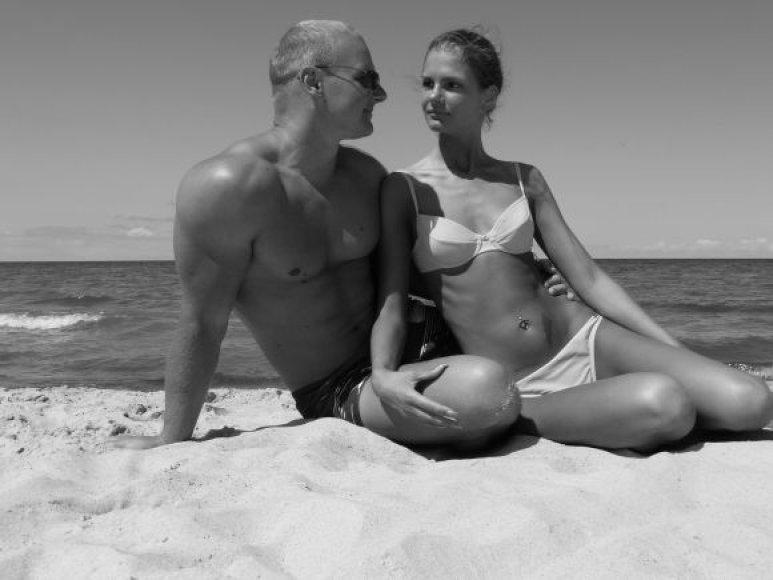 Bikini porelė: Indrė ir Ernestas Kavaliauskai