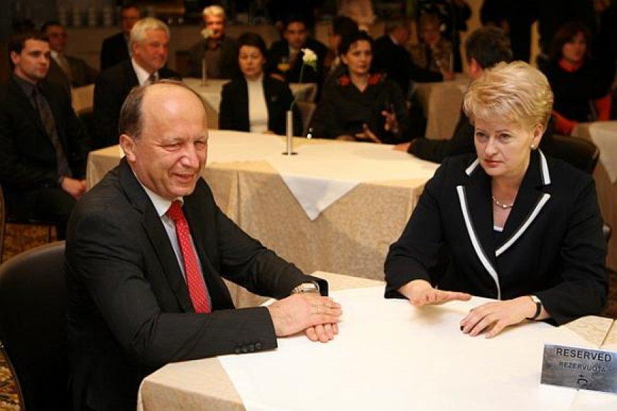 Dalios Grybauskaitės štabe apsilankė premjeras Andrius Kubilius