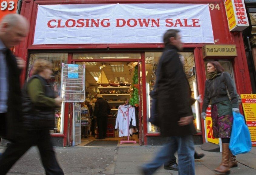 Veiklą dėl skolų nutraukianti parduotuvė Dubline, Airijoje