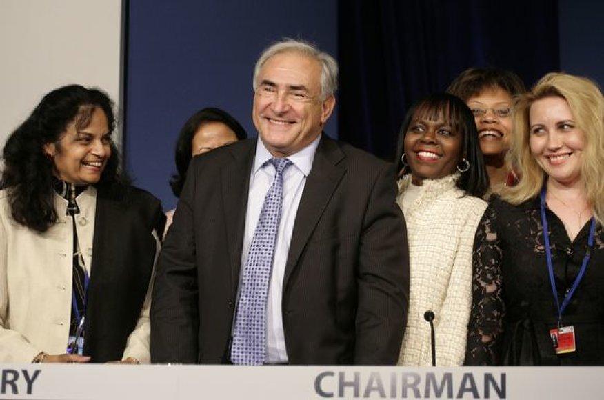 Dominique'as Straussas-Kahnas.