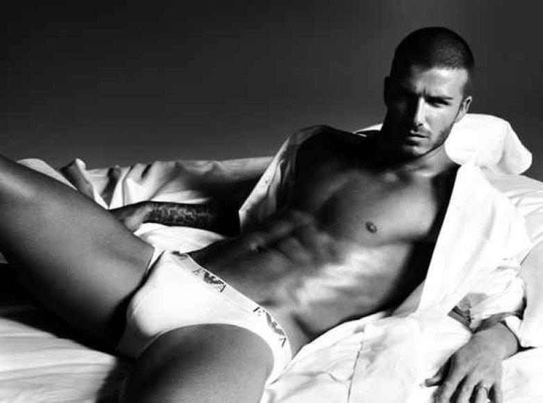 D.Beckhamas gali būti turėjęs seksualinių santykių su vyru.