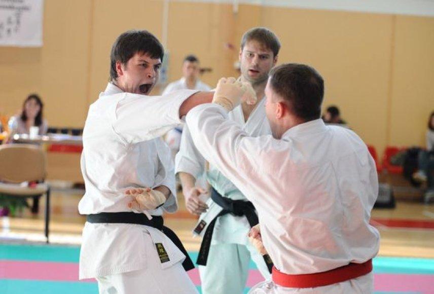 Praėjusiame pasaulio tradicinio karate čempionate Laimonas Niūniava iškovojo bronzos medalį.