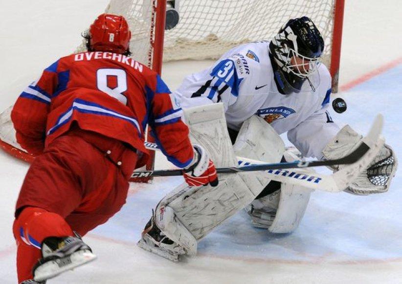 Rusai net 5:0 įveikė Suomijos rinktinę