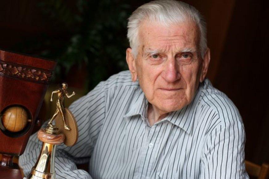 Jonas Vainauskas teigia, kad anksčiau sportininkams reikėjo daug entuziazmo