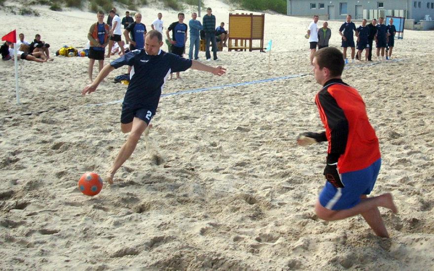 Paplūdimio futbolo sezono atidarymas