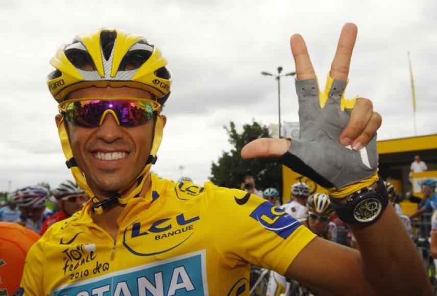 """Alberto Contadoras """"Tour de France"""" laimėjo trečią kartą"""