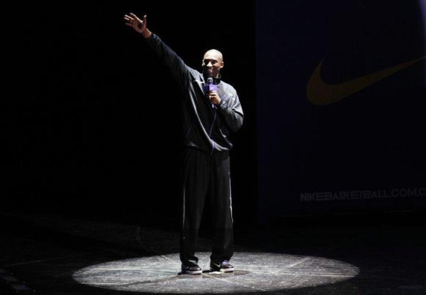 Kobe Bryantas vieši Kinijoje