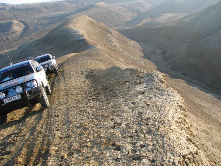 Lenktyninių automobilių ir sunkvežmių vairuotojams teks įveikti 4500 km distanciją