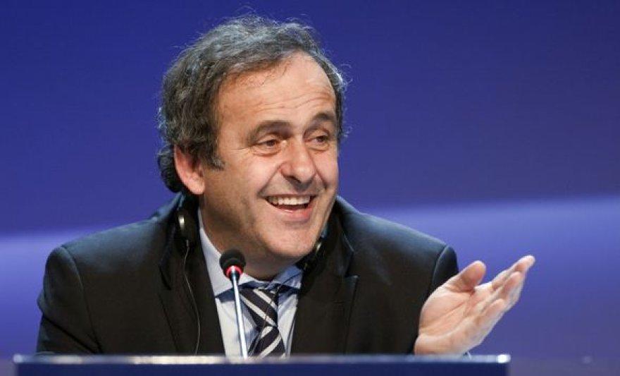 M.Platini pateikė ultimatumą Seribijai