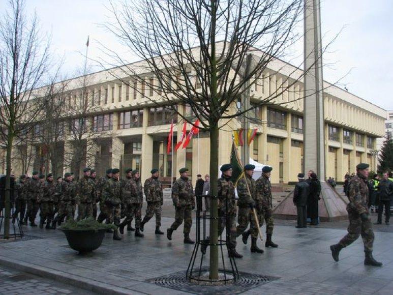 Kovo 11-ąją eitynėmis Lietuvos šaulių sąjungos nariai pagerbė Lietuvos nepriklausomybę. (2009-03-11)