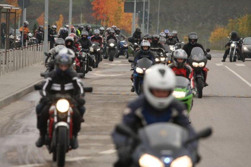 Netrukus miesto gatves užplūsiantiems motociklų ir motorolerių vairuotojams suvaldyti policija paruošė prevencinių priemonių planą.
