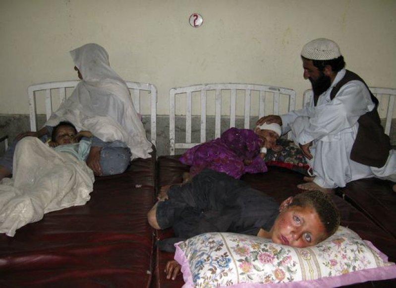 Sprogus bombai, žuvo 12 vaikų.
