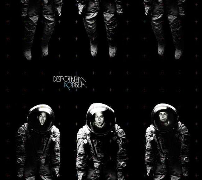 "Grupės ""Despotin Fam"" albumo viršelis"