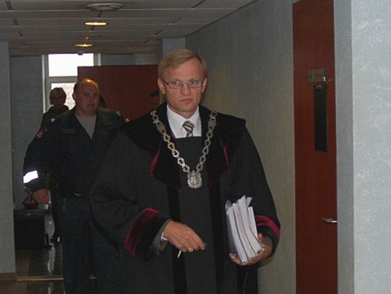 Teisėjas, buvęs generalinis prokuroras A.Valantinas