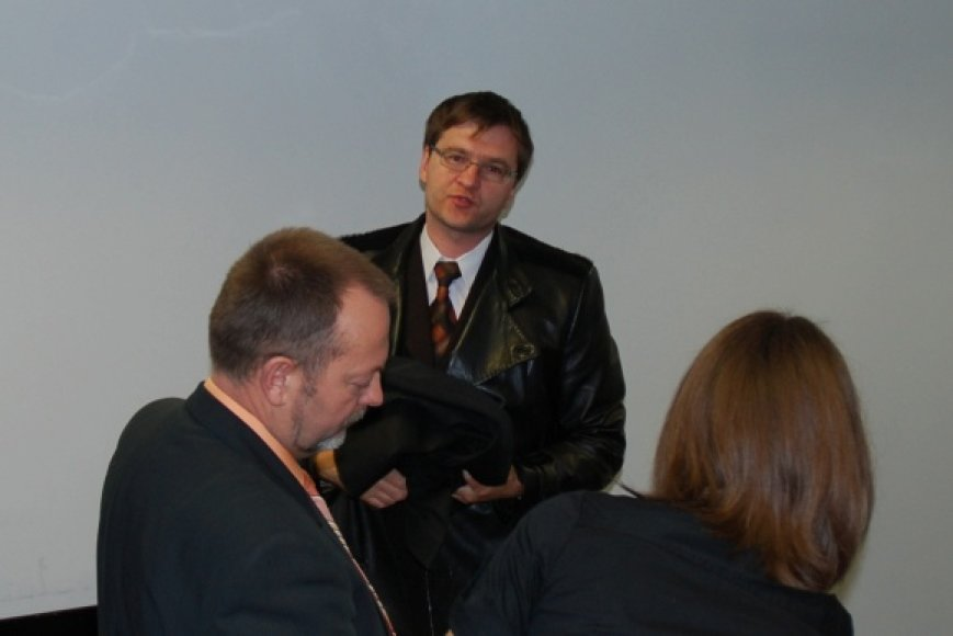 Advokatas Romualdas Drakšas pasiekė, kad byla būtų nagrinėjama uždaruose teismo posėdžiuose.
