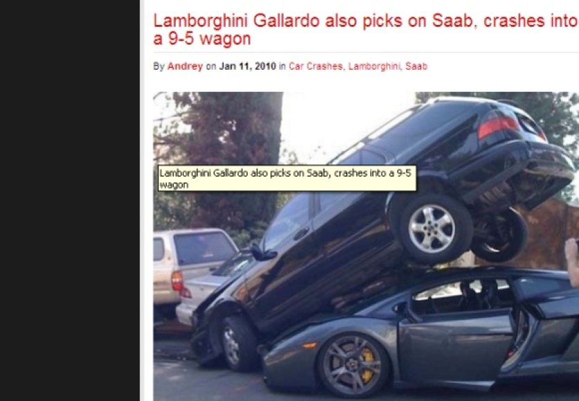 Neįprastos avarijos vaizdas: automobiliai beveik neapgadinti.