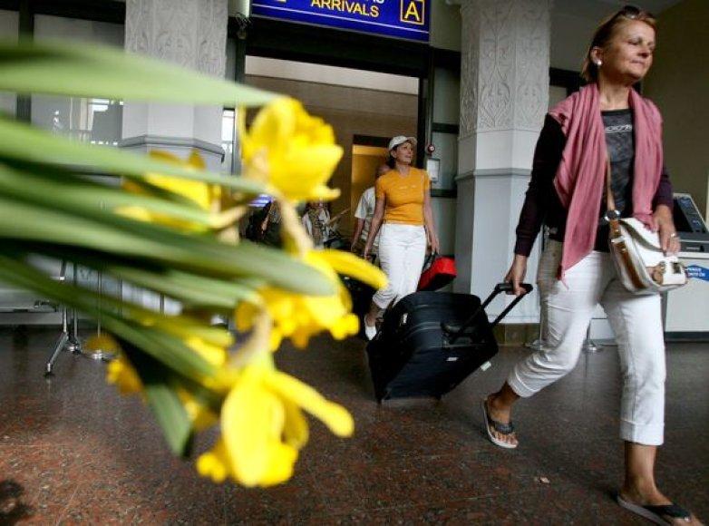 Grižtančiųjų sutikimas Vilniaus oro uoste.