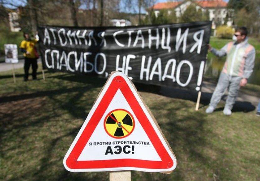 Piketas prie Rusijos ambasados